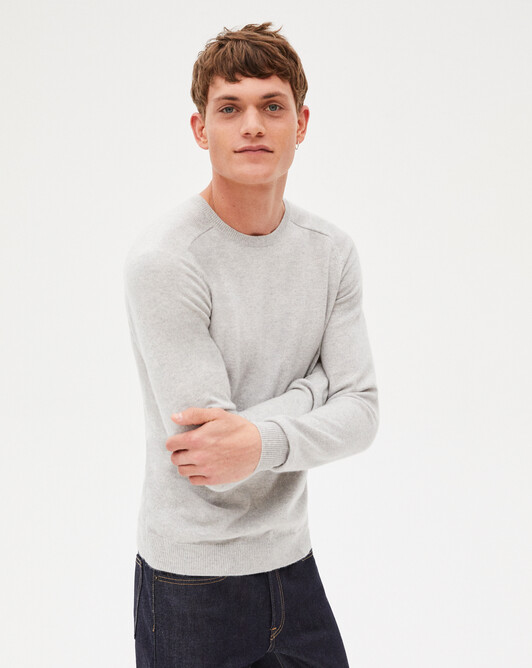 Fitted crew neck pullover with offset shoulders - Frost grey