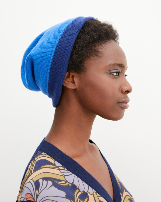 Two-colour off-gauge hat - Cobalt/royal