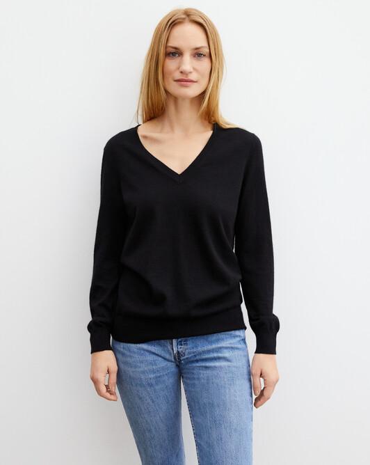 Extrafine oversized V-neck pullover - Black