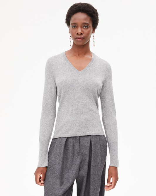 Fitted V-neck pullover - Flannel grey