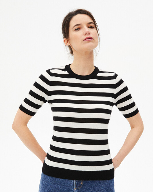 Two-coloured stripes short-sleeved crew-neck sweater - Autumn white/black