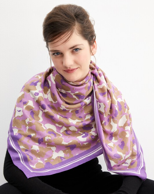 Blurred flower print square scarf 120 cm x 120 cm - Clematis