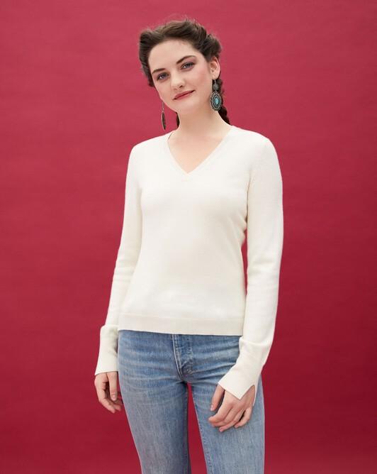 Fitted V-neck pullover - Autumn white