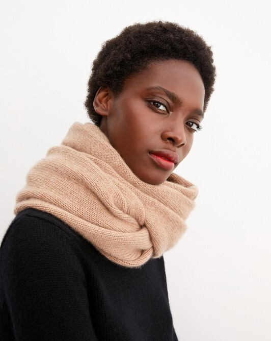 Knitted tube collar - Camel