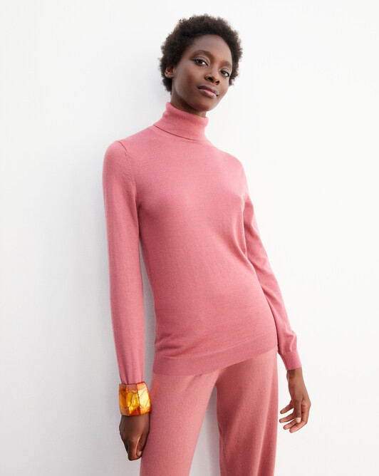 Contemporary extrafine roll-neck pullover - Rosewood
