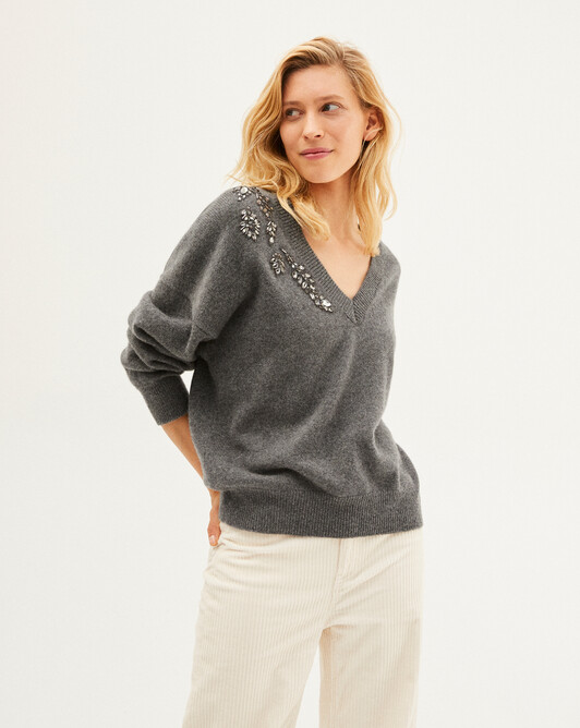 Applied pearls and embroidery V-neck sweater - College grey