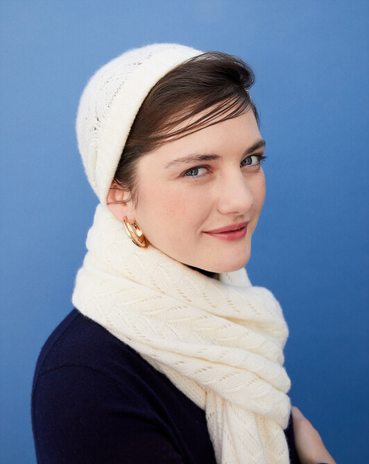 Airy cable-stitch hat - Autumn white