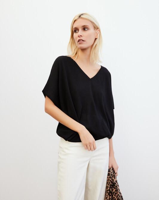 Extrafine batwing V-neck pullover - Black