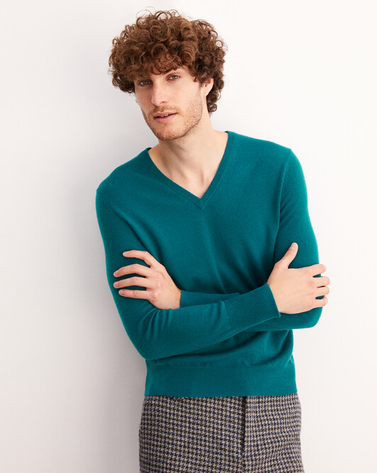 Classic V-neck pullover - Yucca