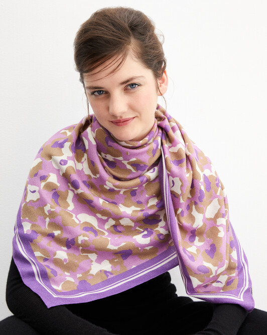 Blurred flower print square scarf 120 cm x 120 cm - Clematis