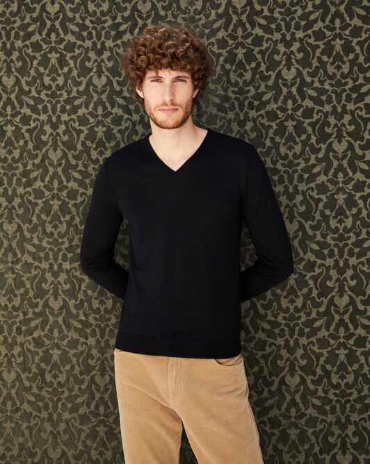 Pull V ultrafin contemporain - Noir