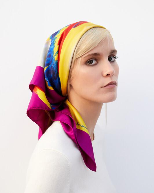 Carré soie imprimé singe et perroquets 90cm x 90cm - Multicoloris