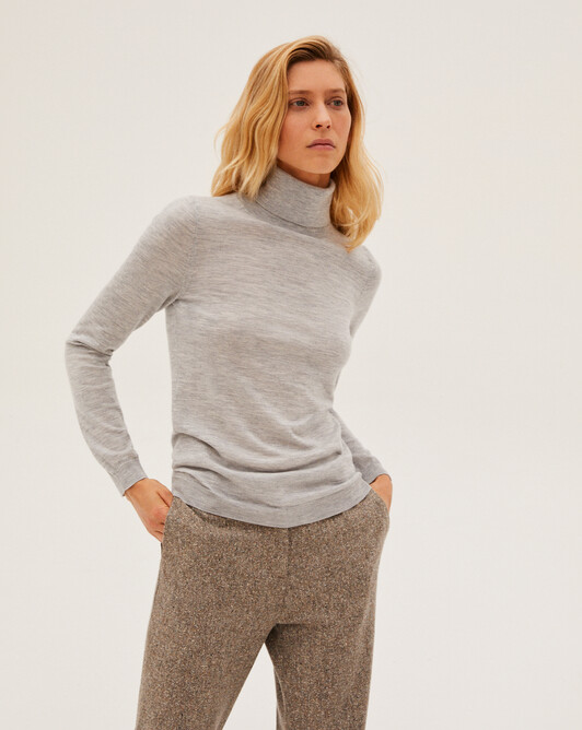 Contemporary extrafine roll-neck pullover - Frost grey
