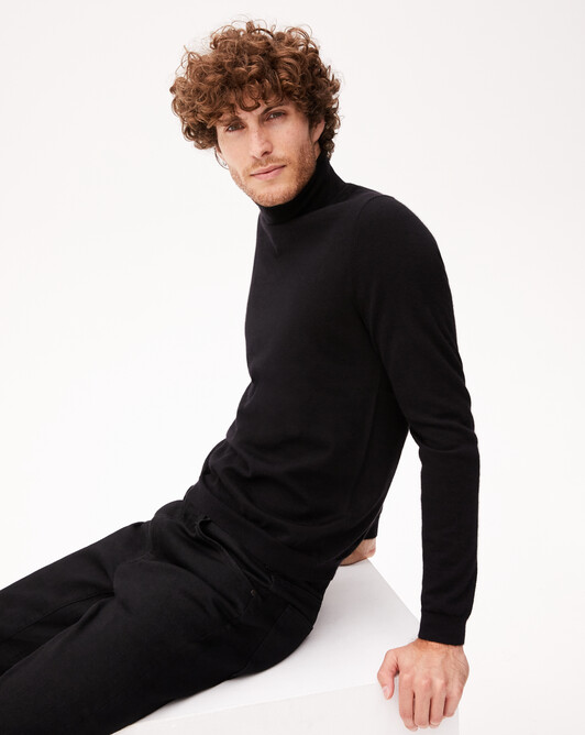 Contemporary extrafine roll-neck pullover - Black