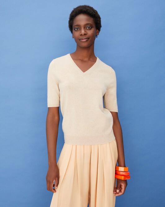 Timeless short-sleeved V-neck pullover - Nougat