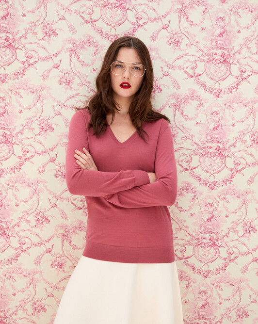 Contemporary extrafine V-neck pullover - Rosewood