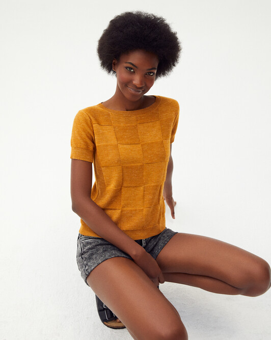 Short-sleeved all-over squares crew-neck sweater - Saffron