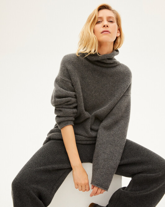 8 ply loose roll-neck sweater - College grey