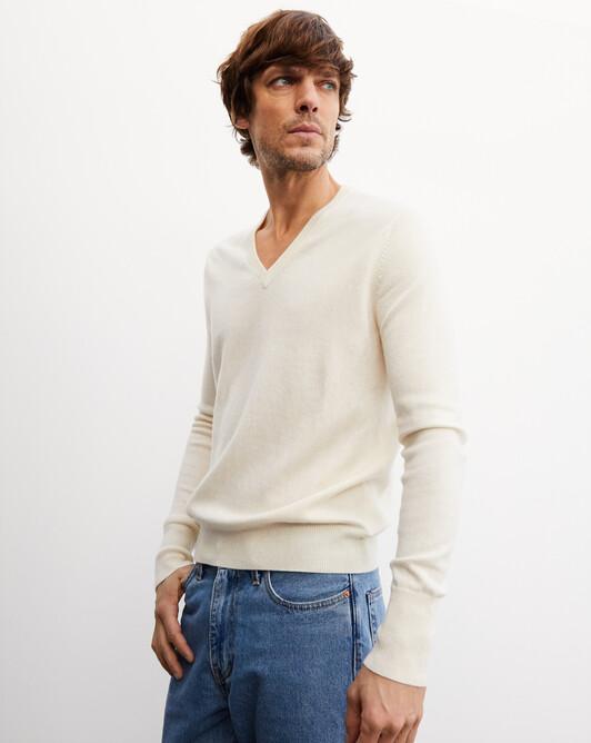 Classic V-neck pullover - Autumn white