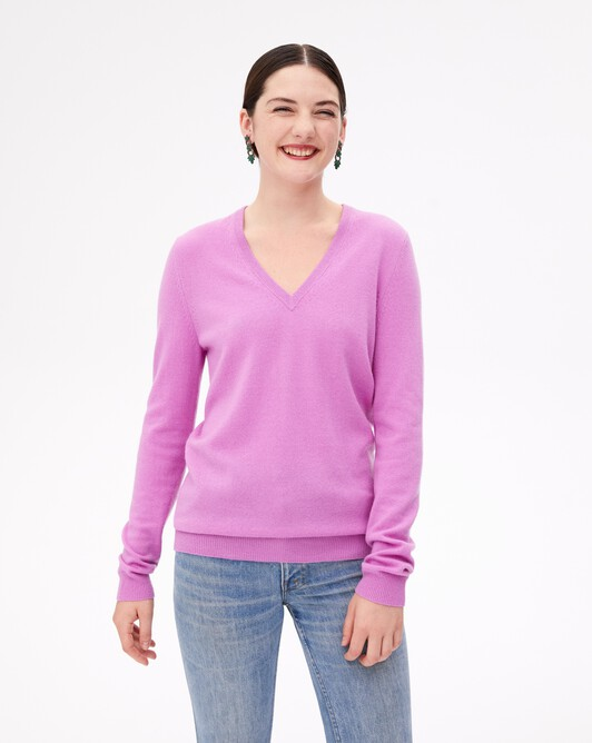 Classic V-neck pullover - Clematis