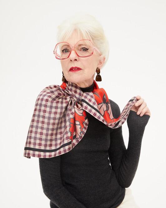 Petunia print silk square scarf 90 cm x 90 cm - Lipstick