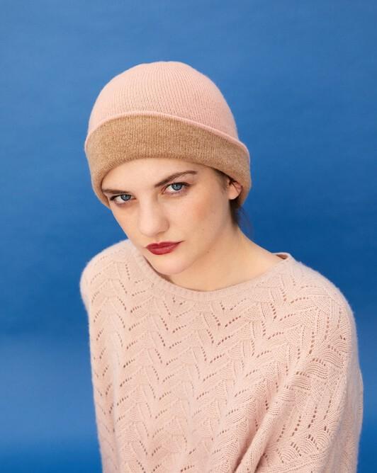 Two-colour off-gauge hat - Blush/camel