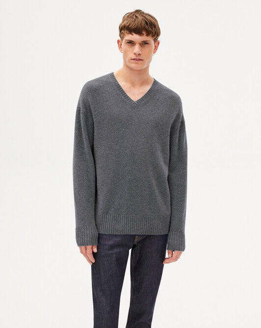 4 ply loose cut V-neck sweater - College grey