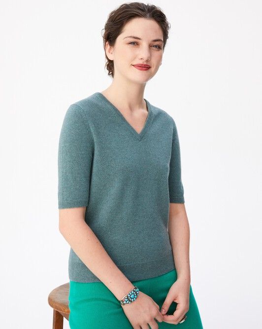Timeless short-sleeved V-neck pullover - Horizon