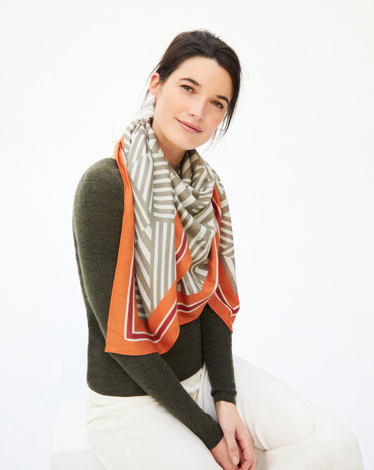 Striped square scarf 120 x 120 cm - Hemp/coriander/saffron