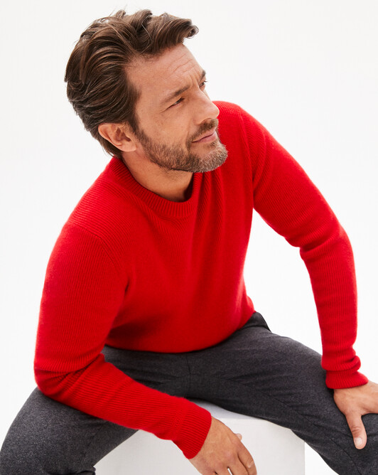 Ribbed crew neck pullover - Ruby red