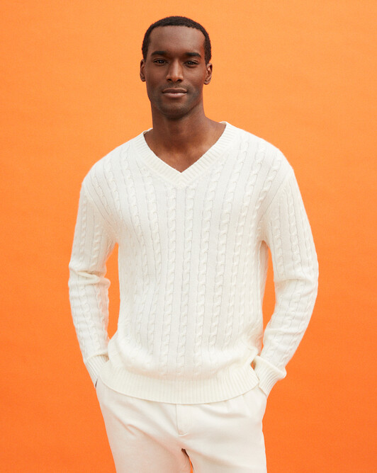 Cable stitch V-neck - Autumn white