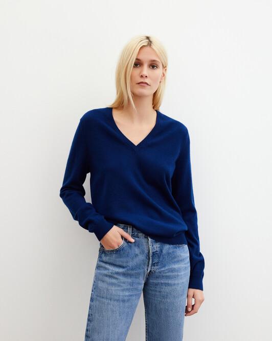 Classic V-neck pullover - Admiral blue