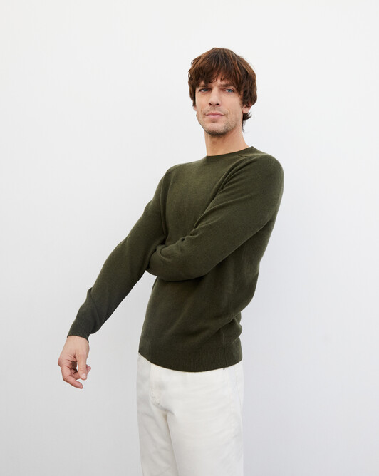 Fitted crew neck pullover with offset shoulders - Kale